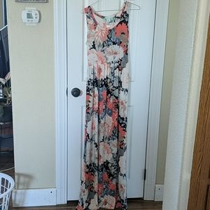 NWT Filly Flair Floral Maxi w/ Pockets